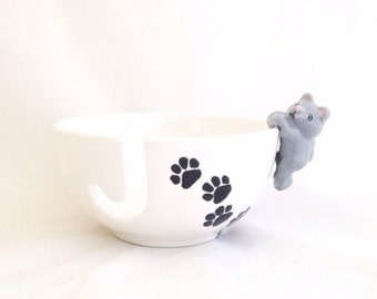 White Ceramic Yarn Bowl -Pottery Knitting Bowl with Cat and Paw Print