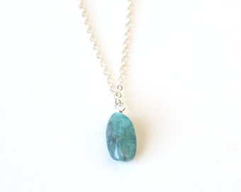 Long Apatite Nugget Necklace / Sterling Silver / Rose Gold / 14K Gold Filled / Modern Layering Gemstone Necklace