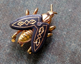 Vintage Damascene Fly Pin, Insect Jewelry, Fly Brooch
