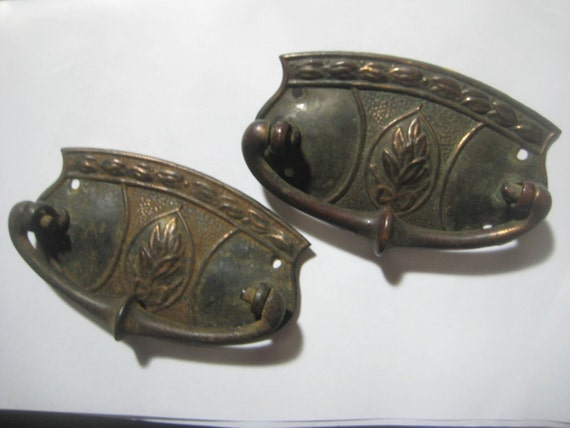 Vintage drawer pulls 1930 arts crafts craftsman style for 1930s style door handles