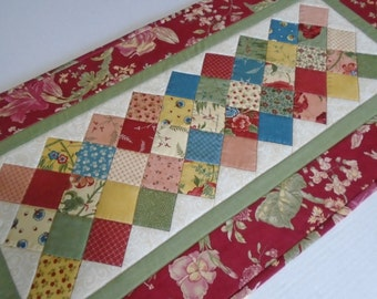Elegant Quilted Table Runner, Floral Table Runner, Cottage Chic Runner, Patchwork Quilt, Table Quilt