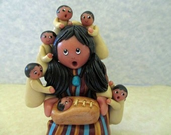 Native American STORYTELLER DOLL FIGURINE, Mother with 11 children, Southwest motif