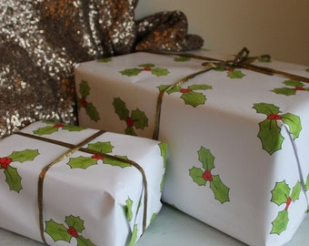 Holly Gift Wrap Pack