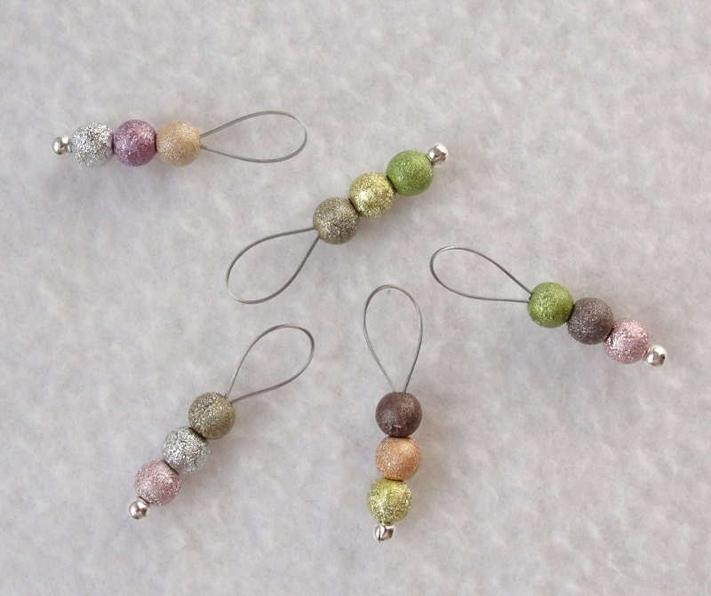 Best Knitting Stitch Markers : Stitch Markers for Knitting and Crochet / colored stitch