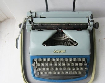 ON SALE Aztec 600 Typewriter and Case - Two Tone Blue Portable Manual Typewriter - Made in Germany
