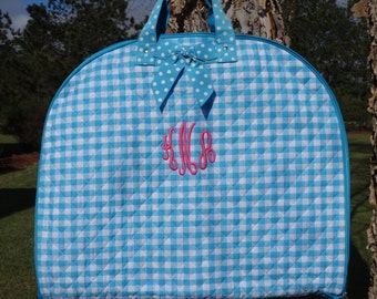 Personalized Girls Quilted Garment Bag/BLUE GINGHAM