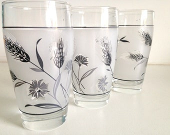 "1960's Libbey Juice Glasses In The ""Silver Wheat"" Pattern"