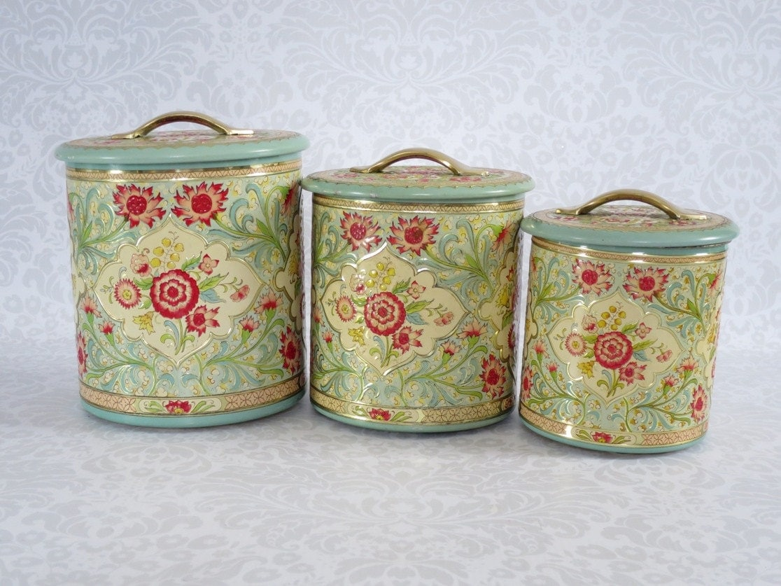 Retro Nesting Kitchen Canisters Set of 3 Vintage Holland
