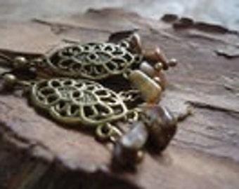 CHANDELIERS & NATURAL STONE - earrings (1218)