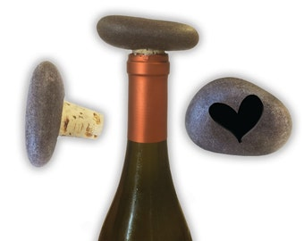 Engraved Symbol Wine Stopper on Natural Stone  - 6919 Solid Heart Fancy