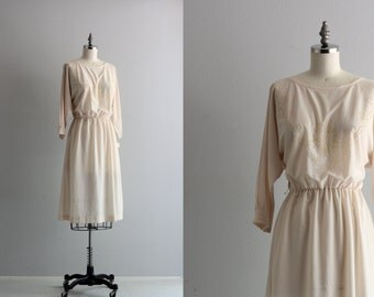 White Long Sleeve Dress . Deadstock Day Dress . 70s Dolman Sleeve Dress
