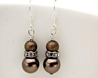 Pearl Drop Earrings/ Wedding Earrings/ Drop Pearl Earrings/ Bridesmaids Earrings/ Mother of the Bride Jewelry/ Brown Earrings Pearl Jewelry