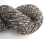 Light Worsted Weight Wool Cashmere Blend Recycled Yarn, 230 yards, Gray Tweed, Lot 120316