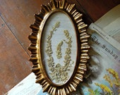 Vintage  Small Oval Italian Florentine Gold Gilt Frame / Linen Backing / Dried Flower Arragement / French Style Decor