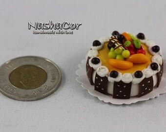 Miniature clay cake, fridge magnet (set of 5)