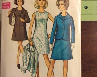 Vintage Simplicity 8500 Petite Seamed Dress & Jacket Sewing Pattern 34 Inch Bust