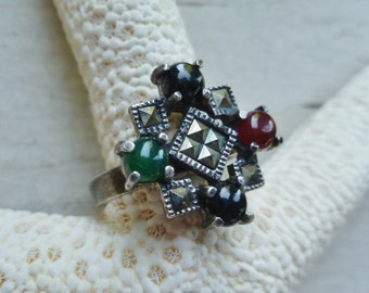 Ring, Sterling Silver, Marcasite, Onyx, Carnelian, Jade, Chrysoprase. Vintage 1980s. Size 7-1/2 to 8. Silver, Black, Brown, Green.