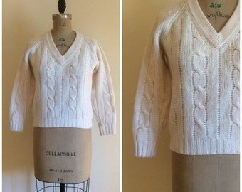 SALE 1960s Vintage Cable Knit Sweater 60s  Virgin Wool Sweater