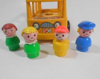 4 Vintage Fisher Price Little People in Yellow Nursery School Mini-Bus #929