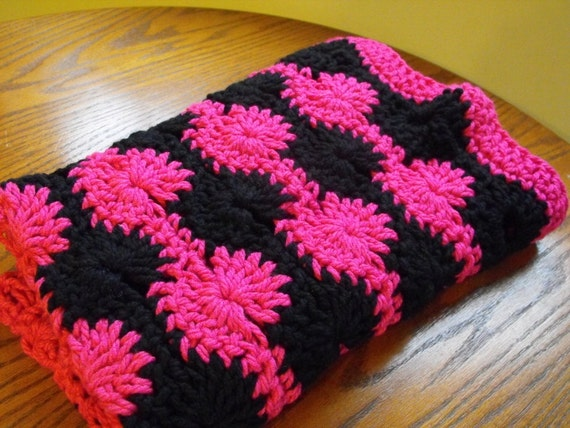 Crochet Pattern For Bulky Yarn Blanket : CROCHET PATTERN Chunky Yarn Baby Blanket Swirls Stroller