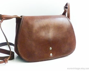Vintage Brown Leather Saddle Bag / Shoulder Bag / Cross-body Messenger Bag 60s