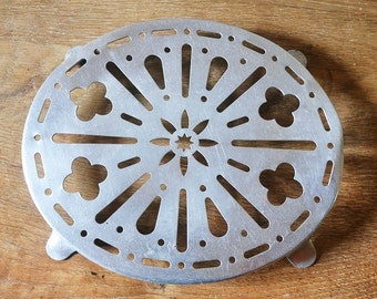 Aluminum trivet Vintage French Country metal oval