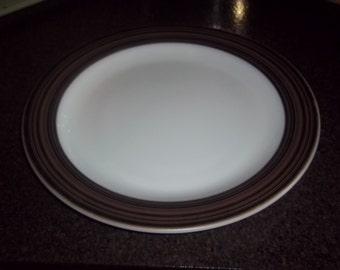 """Pyrex Terra black and brown striped platter in great condition - 12"""" diameter"""