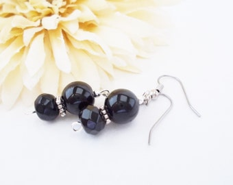 Classic Black Earrings, Silver and Black Earrings, Black Beaded Earrings, Fashion Earrings, Czech Glass Earrings, Black Beaded Jewelry