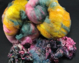 Hand carded batt with locks, fiber for spinning and felting, 4.5 oz plus 1 oz locks