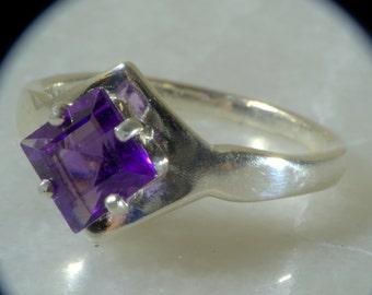 Square Star Set  Amethyst Ring.