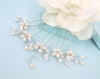 Rosemarie - Freshwater Pearl Crystal Flower Hair Pin (Set of 5) Silver or Gold