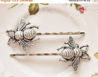 SALE Silver Bee Hair Pins,Oxidized Silver Bee Bobby Pins,Whimsical,Woodland,Antique Silver,Nature,Sweet,Honeybee Hair Pins,Gift For Her