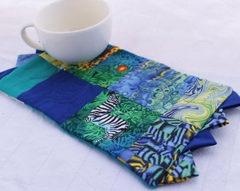 A Zoo Blue Masterpiece Quilts Mug Rug