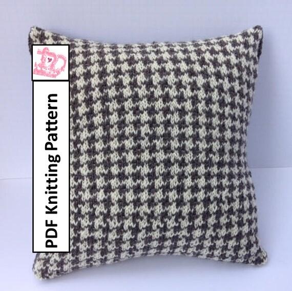 Houndstooth Knitting Pattern : PDF KNITTING PATTERN knit pillow cover pattern Houndstooth