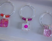 Party Wine Charms - Hot Pink Glass Charms - Coral Orange Wine Charms - Set of Six - Wine Charms Made by Pillowscape Designs - Hostess Gift