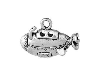 4 Submarine Charms in Silver Tone - C2331