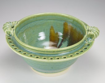 Green earring bowl with handles