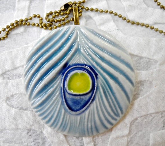 Peacock feather pendant, porcelain pendant, turquoise pendant, pottery pendant, ceramic necklace, bridesmaid gift, porcelain jewelry