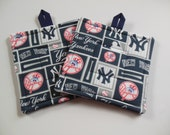 Pair Of New York Yankees Potholders, Set of Two Quilted NY Potholders