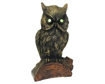 Vintage Heavy Resin Owl w/Green Jeweled Eyes (E4879)