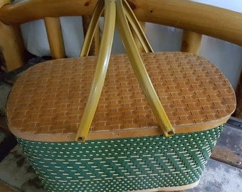 Vintage Basket by Hawkeye / Picnic Basket