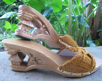 1960s Carved Wooden Pagoda Wedge with Crochet slip on high heels pin up Vintage sandals  // US SIZE : 7 to 7 1/2