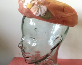 Vintage peach hat with flowers