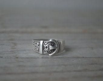 Vintage Sterling Buckle Ring