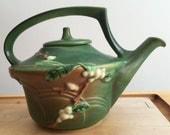Roseville Pottery Teapot - Excellent Condition - 1940s - Green Snowberry
