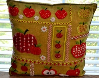 Cheerful Retro Decorative Green Linen Pillow with Red Crewel Strawberries and Apples