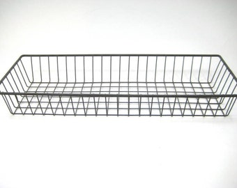 Vintage Industrial Metal Wire Tray, Narrow Wire Basket, Shallow Wire Tray, Wire Bread Basket, Rustic Decor