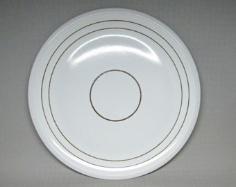 "Denby "" vanilla "" chop plate / platter stoneware England 1977-1981 whiite with brown rings / bands ."