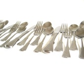 Oneida Patrick Henry Stainless Flatware Set - Service for 4