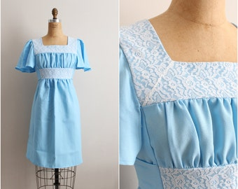 60s Baby Blue Babydoll Dress / 60s Mini Dress /Boho Dress / Lace Dress/  Size S/M